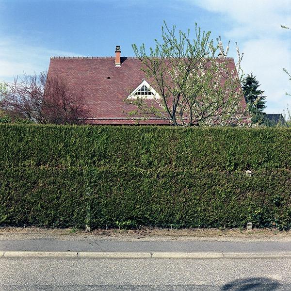 maison-lotissement-beton-vert-06