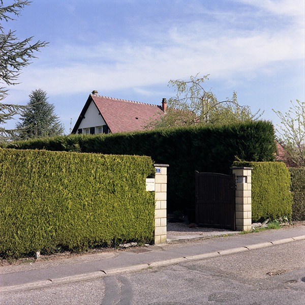 maison-lotissement-beton-vert-14