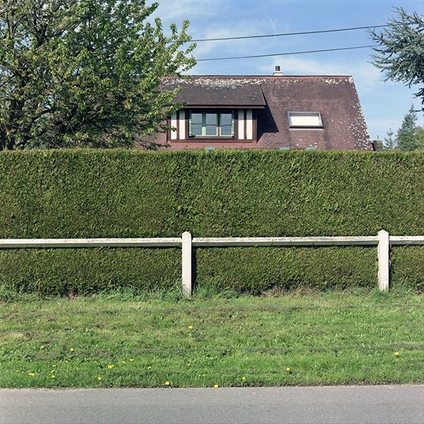 maison-lotissement-beton-vert-21