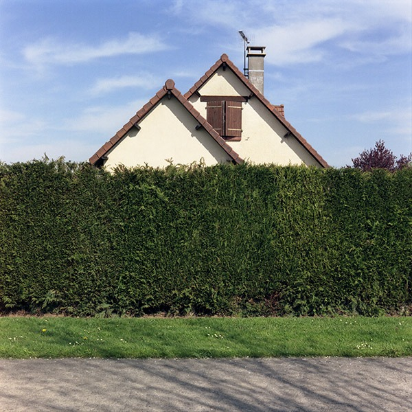 maison-lotissement-beton-vert-24