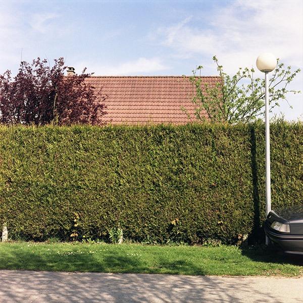 maison-lotissement-beton-vert-25