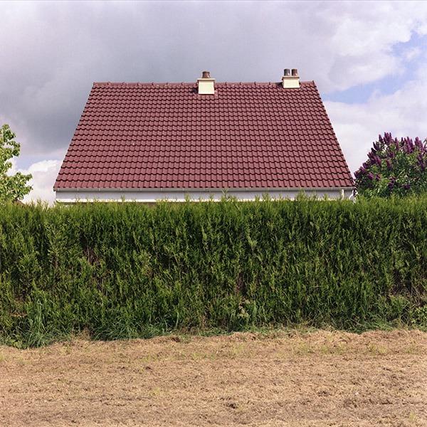 maison-lotissement-beton-vert-33