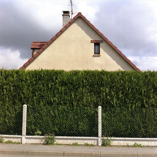 maison-lotissement-beton-vert-35