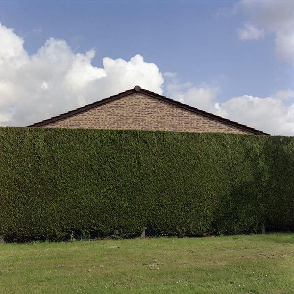maison-lotissement-beton-vert-38