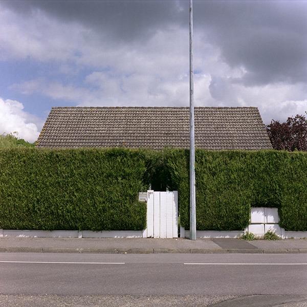 maison-lotissement-beton-vert-42