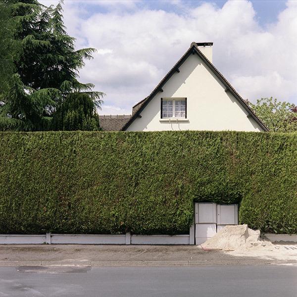 maison-lotissement-beton-vert-44