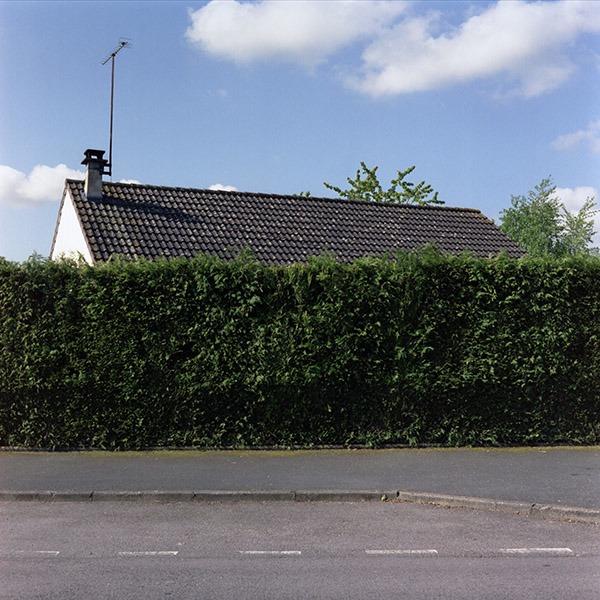 maison-lotissement-beton-vert-58