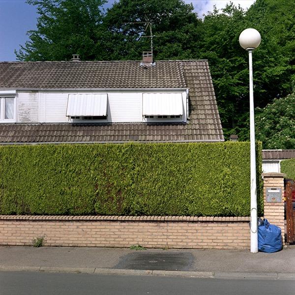 maison-lotissement-beton-vert-59